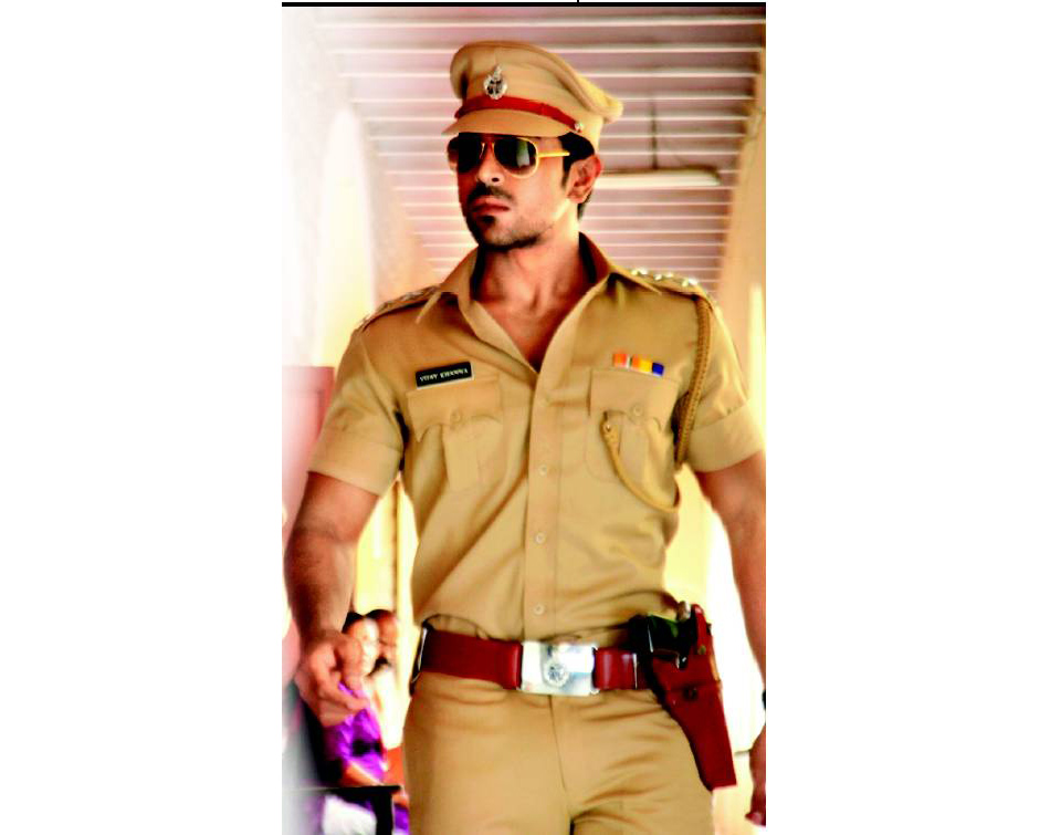 Zanjeer First Look